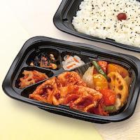 野菜黒酢とポークチャップ弁当