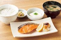 銀鮭の塩焼定食