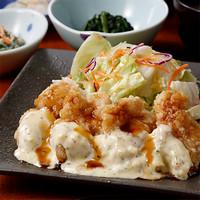 サラダ仕立ての竜田チキンテリタル弁当